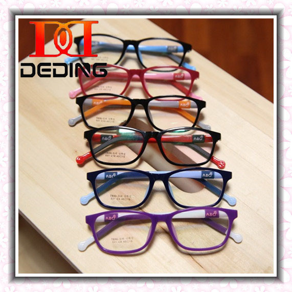 86ce9b47a64 Children Silicone Glass Frame Boys Girls Myopia Amblyopia Optical  Lightweight Glasses Criancas Silicone Quadro Ultralight DD0276-in Eyewear  Frames from ...