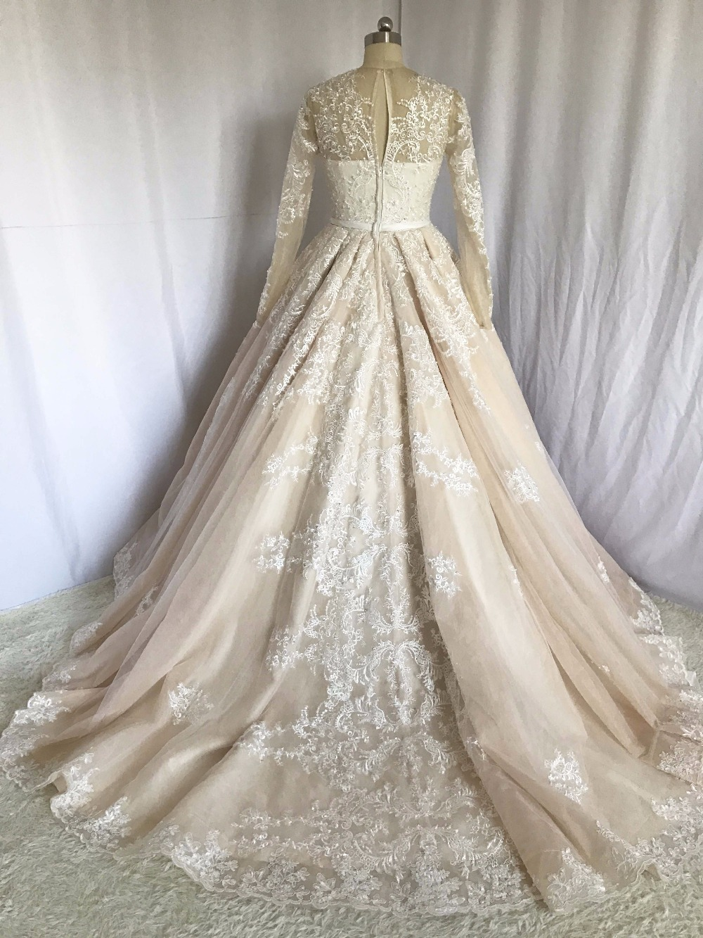 Vintage Vestidos De Novias O Neck Appliqued Beaded Pleated Ball Gown ...