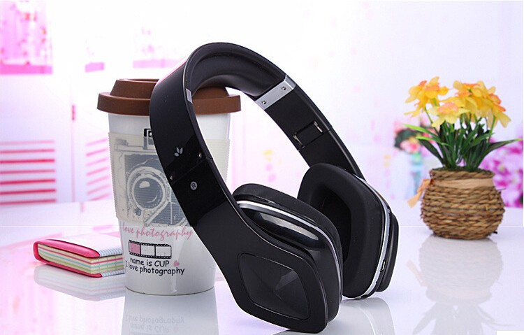 FOLDABLE BLUETOOTH HEADPHONES/HEADSET , BUILT-IN MIC &BATTERY, WIRED/WIRELESS DOUBLE USE HEADPHONE FOR SMART PHONE/TABLET/LAPTOP