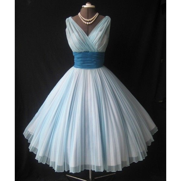 2017 New Arrive Vintage 1950s A Line Tulle Prom Dresses V Neck Ruched Bridesmaid Formal Gowns