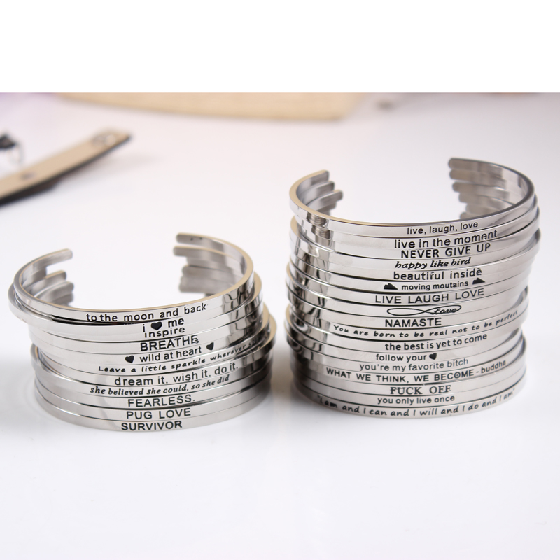2017 m. Naujo stiliaus nerūdijančio plieno graviruotas teigiamas įkvepiantis citata Rankogalių apyrankės Mantra apyrankės moterims dovanos (sidabrinė