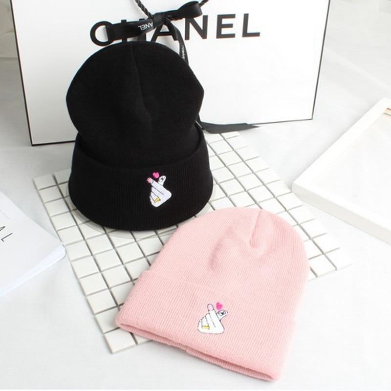 New Love Gesture Finger Embroider   Skullies     Beanies   Hat Fashion Men Women Love You Hat Flipper Little Heart Love Hat Cap