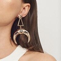 Boucles d'oreilles lune Boucles d'oreilles Bella Risse https://bellarissecoiffure.ch/produit/boucles-doreilles-lune/