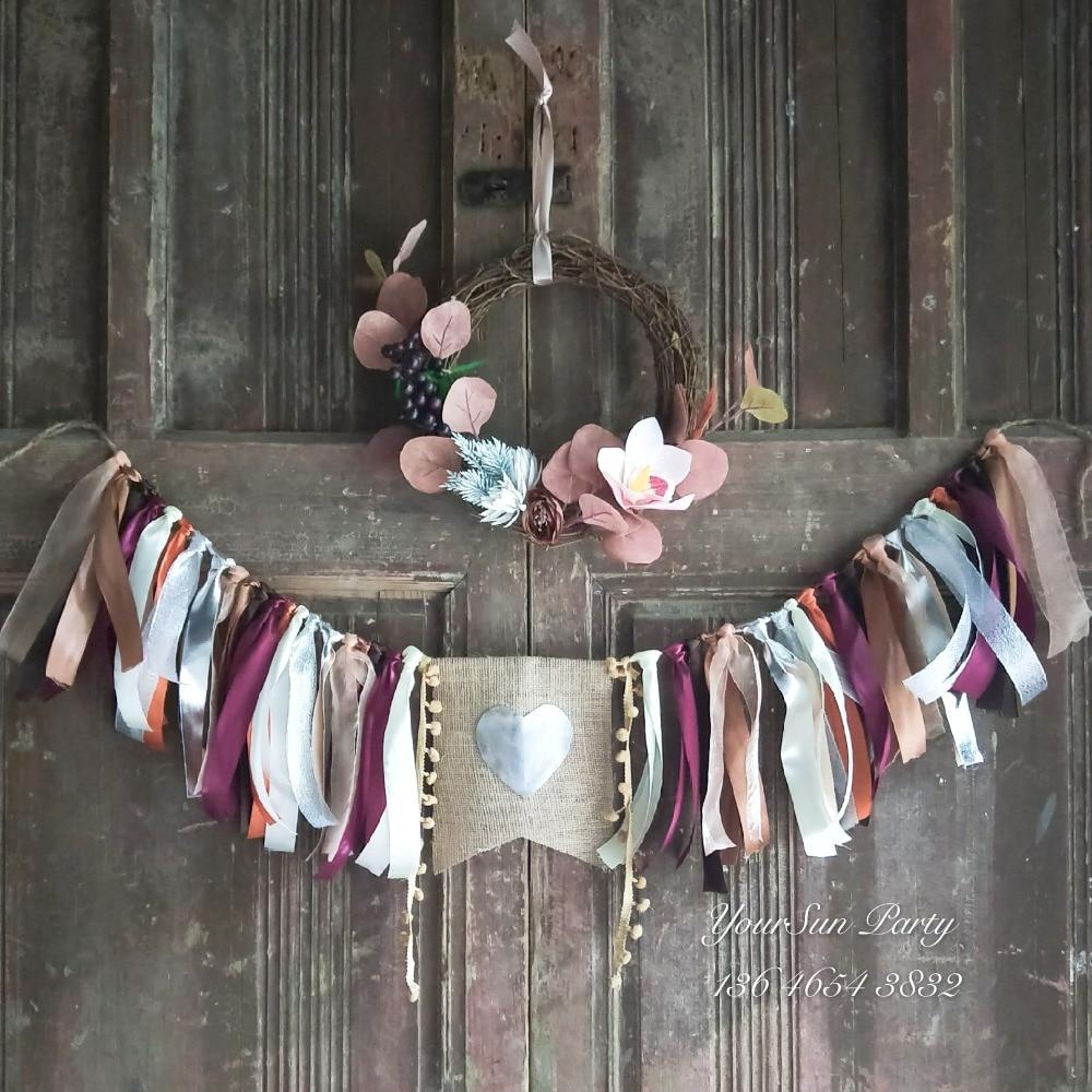 Livraison gratuite Vintage automne thème fête porte suspendus décorés buntings ferme grange mur décoré couronne et guirlandes