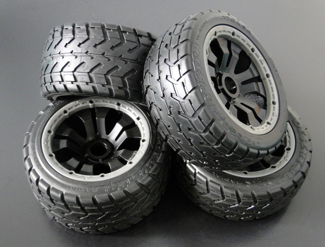baja 5b on road wheels set . powerful rim hsp wheels complete for 1 5 gasoline power on road racing car wheels set no 52034