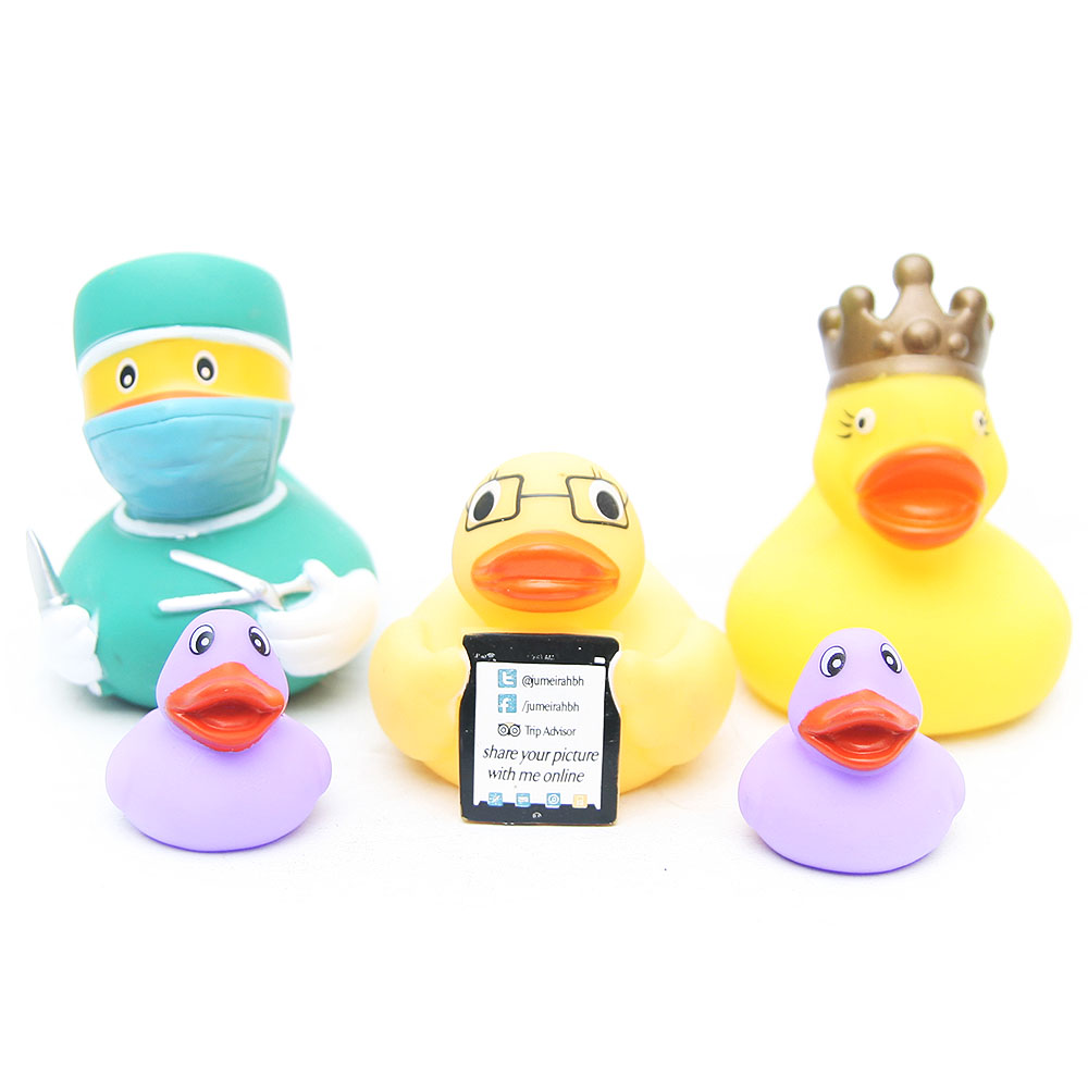 The classic Duck Baby Bath Toys rubber PVC Duck Shower Water Floating doctor the king ducks