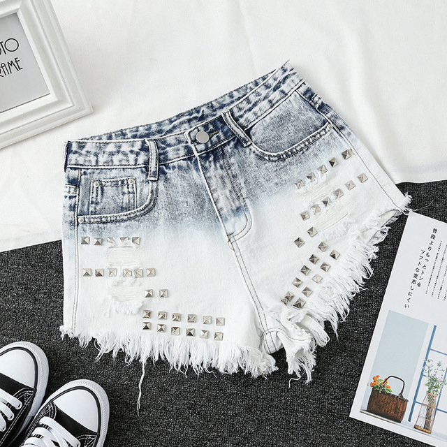 Womens Light Blue Gradient Denim Shorts Trendy Raw Edged Rivets High Waist Jeans Female Wild Fashion Mini Cowboy Shorts New D341 1