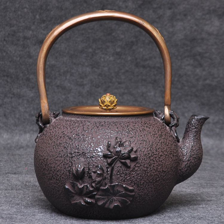 Special price iron pots pure handmade Japanese cast teapot tea sets old iron pots Factory direct sales 1300ml