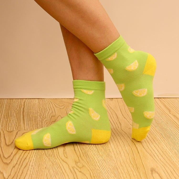1 Pair Top Sell Novelty Fruit Pattern Watermelon Lemon Pineapple Personality Jacquard Cotton Socks Casual Cute Socks