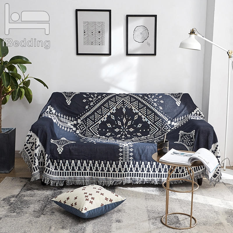 Us 14 98 20 Off Black White Lattice Diamond Sofa Towel Decorative Slipcover Throw Blanket With Tel Non Slip Plaid Piano Throws Sofacover In