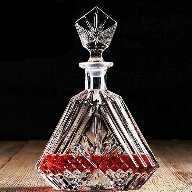 homestia cristal carafe vin en verre d 39 alcool bouteille conteneur whisky carafe 600 ml 780 ml. Black Bedroom Furniture Sets. Home Design Ideas