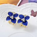Danki Brand New Jewelry Women Earrings Cute Flower Shape Clip on Earrings Ornament Ethnic Charming Earrings Clip Gift for Girls