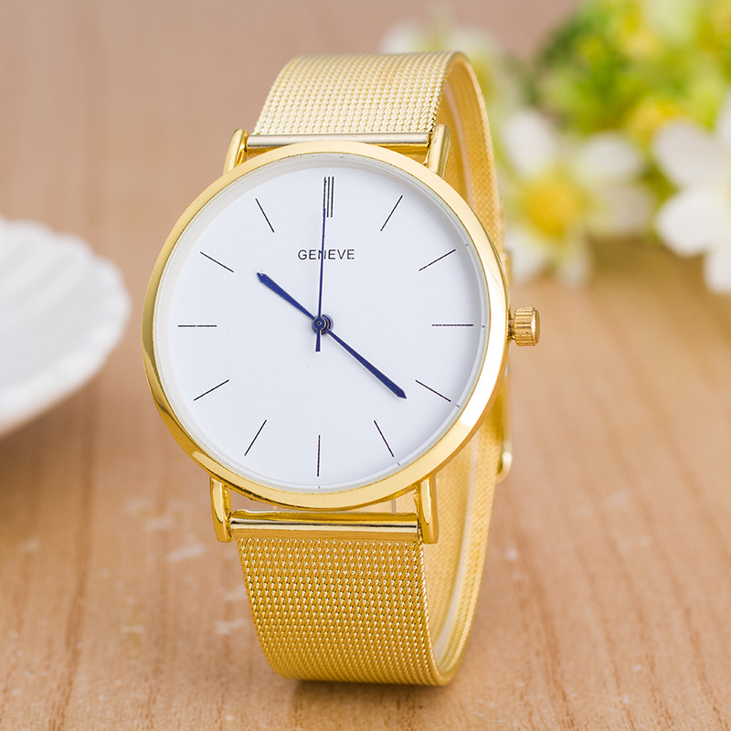 Zegarki 2018 Hot Sale Fashion Lady Geneva Golden stainless Steel Mesh Band Quartz Watch Lady Casual Dress watch Gift Chasy in Women 39 s Watches from Watches