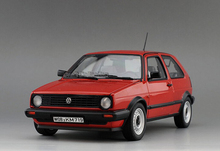 * Red 1:18 Volkswagen 1984 GOLF Hatch Back Diecast Model Car Classical Hatchback Collection Several Colors