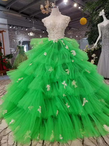 Image 5 - LSS152 Contrasting Sexy Backless Avocado Gree Evening Dresses 2020 High Neck Appliques Sleeveless Tiered Cake Party Dress платье