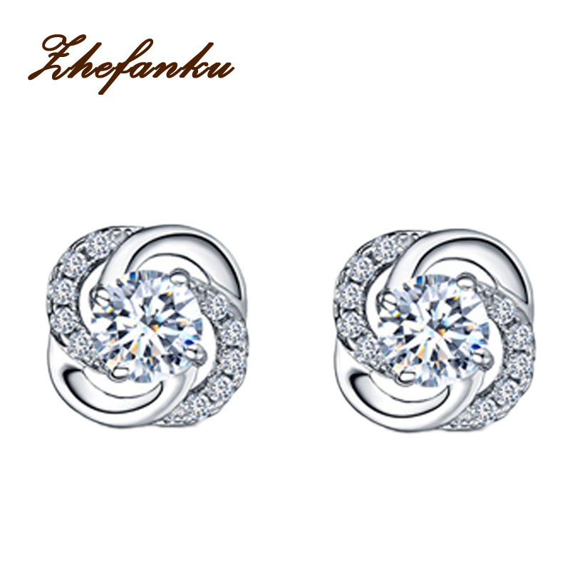 Newly Arrival Elegant And Charming Silver Color Four Leaves Clover Shaped Woman Earrings Jewelery Accessories