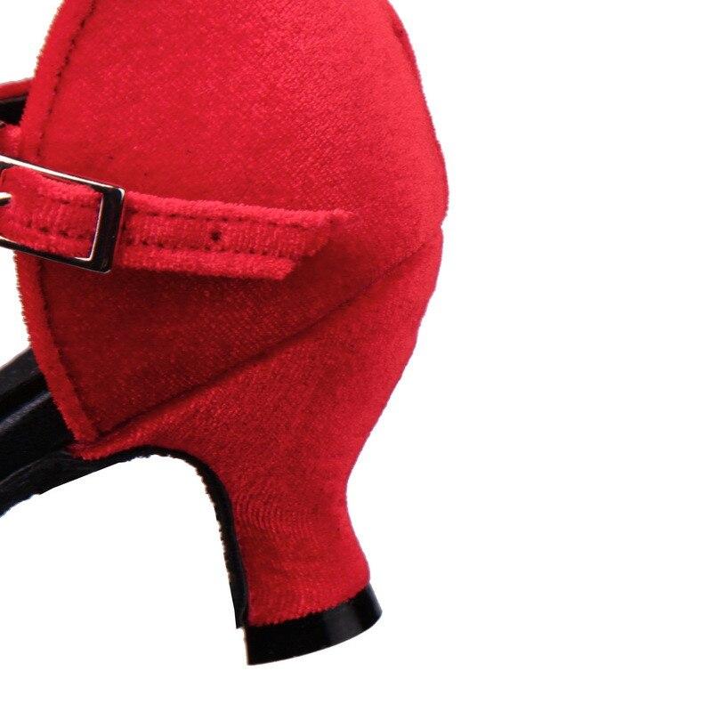حزب أحذية عالية الأزياء 19