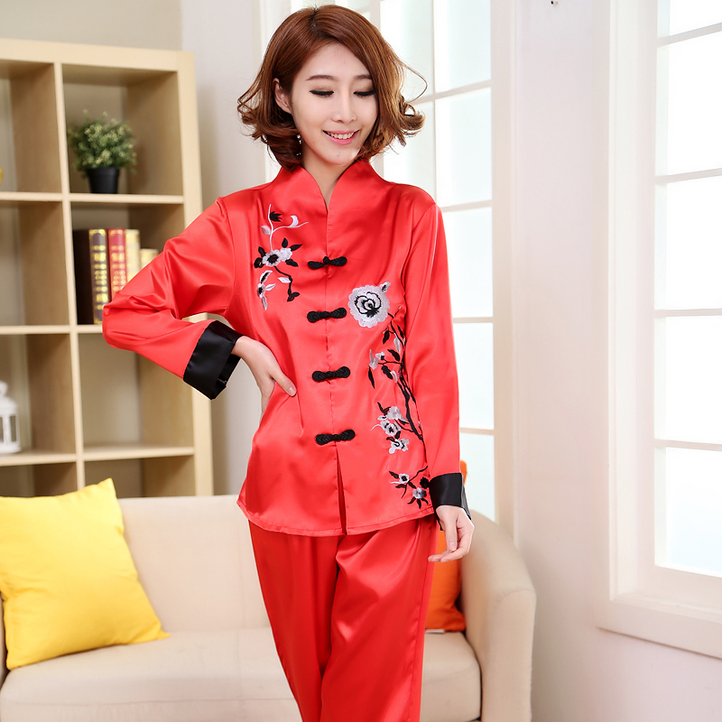 Chinese Style Red Embroidery Lady   Pajamas     Set   Spring Autumn New Satin Sleepwear 2PCS Women Floral Pyjamas Suit Plus Size 3XL