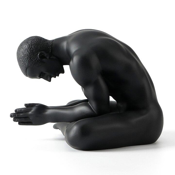 손 조각 아트웍 크리 에이 티브 현대 미술 누드 남성 장식품 수지 조각 장식 소프트 복장 카페 홈 가구-에서동상 & 조각품부터 홈 & 가든 의  그룹 3