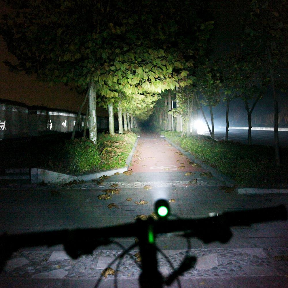 Lampa LED Bike Light WOSAWE 1200 Lumenów CREE XMK Wodoodporny Front - Jazda rowerem - Zdjęcie 2