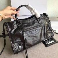 2018 new Customizing the classic style oil wax cowhide Locomotive bag Shoulder handbag messenger woman bags