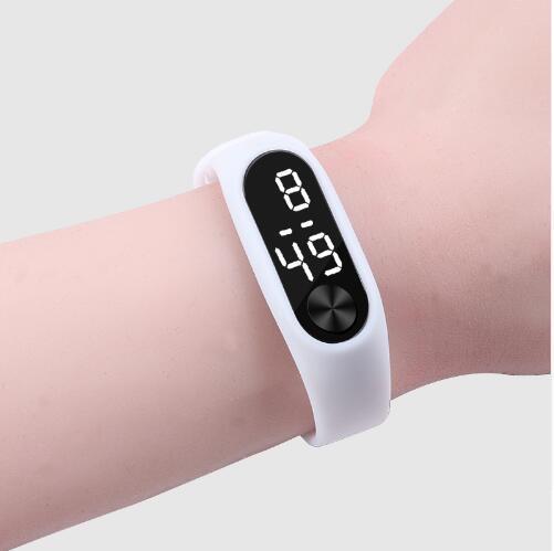 Fashion Boys Girls Kids Children Students Sport Digital Led Watches New Mens Womens Promotion Plastic Outdoor Gift Wrist Watches