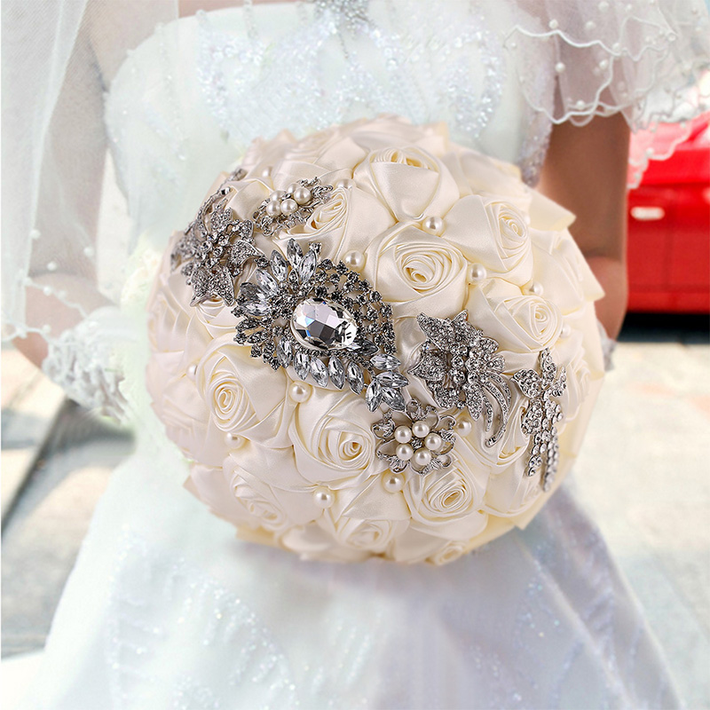 New Design Gorgeous Crystal Beaded Wedding Bouquet