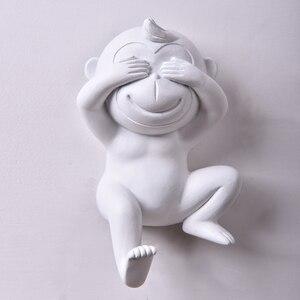 Image 1 - Ściana urocza małpka haczyki domowe Home Decor modne zwierzęce haczyki biżuteria stojaki wystawowe na ubrania wieszak ścienny