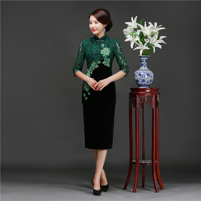 2018 Fall New Velour Lace Embroider Flower Cheong sam Big Size 4XL Traditional Chinese Women Wedding Dinner Party Dress