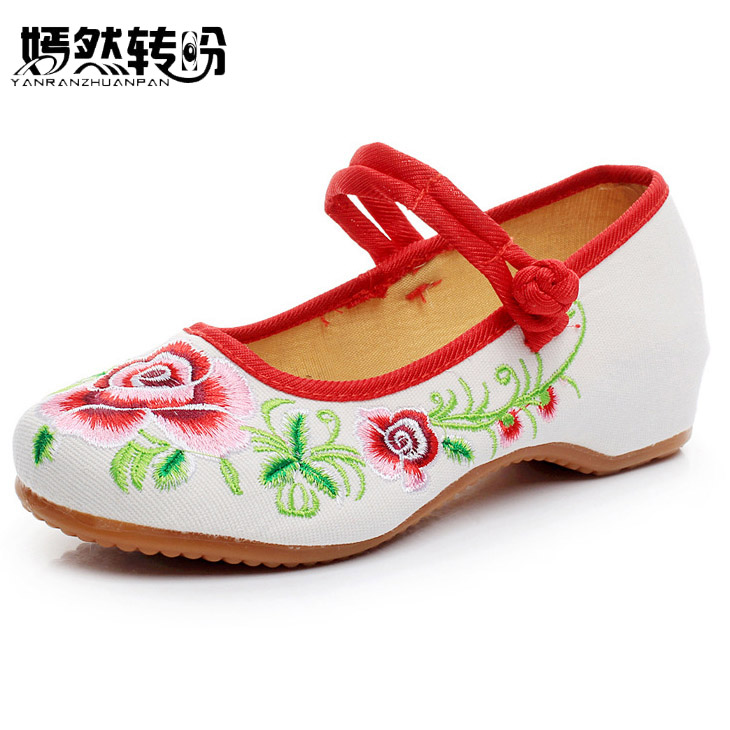 Summer Women Flats Old BeiJing Rose Floral Embroidery Chinese National Canvas Soft Dance Ballet Shoes For Woman Plus size 43 chinese women flats shoes flowers casual embroidery soft sole cloth dance ballet flat shoes woman breathable zapatos mujer