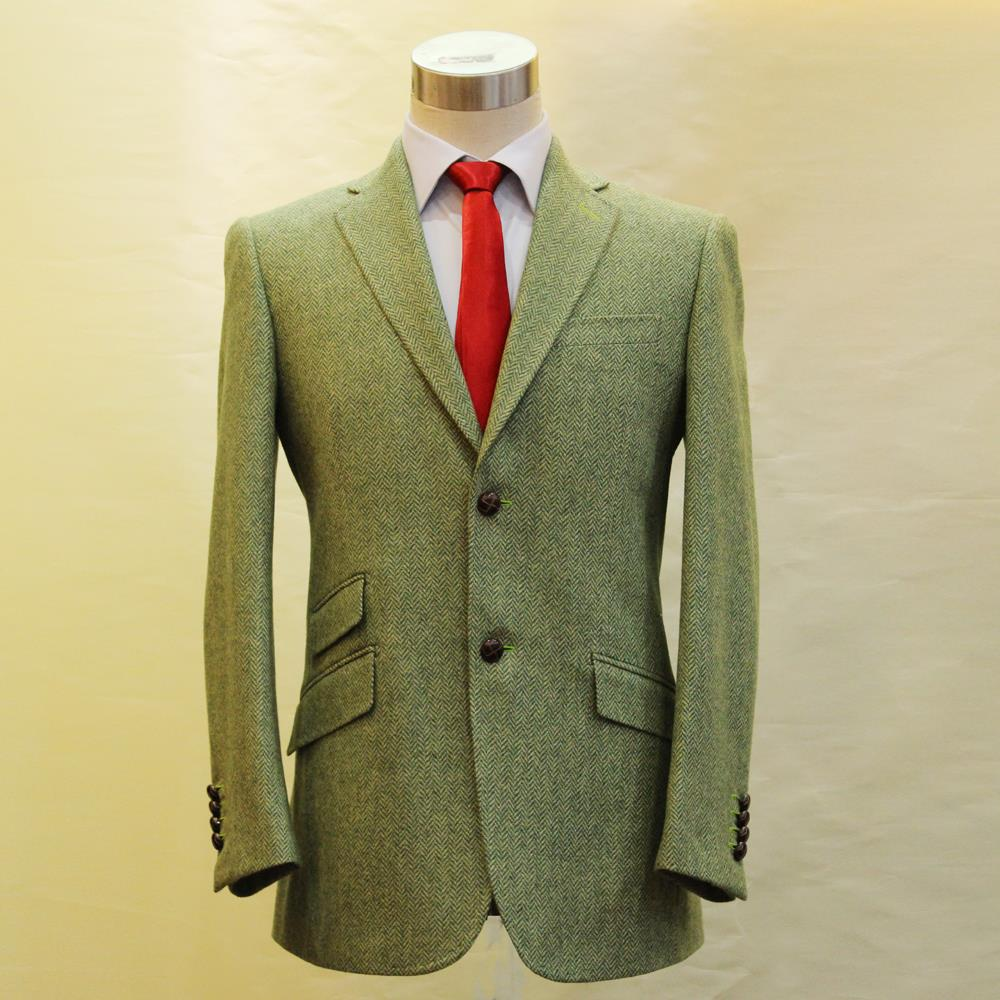 From bright pink suits for Sunday brunch to a more formal suit in soft gray, finding the ideal suit in traditional tweed is easy. Women turn to a tweed suit by Calvin Klein, AGB, Nine West and more. For a professional outing, a simple suit in soft heather gray, charcoal black or creamy white is ideal.