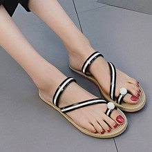 2017 Fashion women slippers summer shoes Flat flip flops Beach Casual Black and white Mixed Color Shoes Korean Style