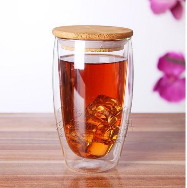 Фотография Стакан для чая из двойного стекла с герметичной бамбуковой крышкой