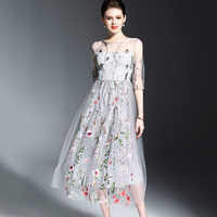 2018 Runway Floral Bohemian Flower Embroidered Dress Evening Party Dresses Gorgeous Half Sleeves Sheer Long Dress