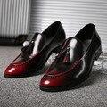 Zapatos planos de Los Hombres Mocasines de Borla de Cuero Artificial Zapatos Ocasionales Planos de Los Hombres Zapatos Oxford Rojo Chaussure Homme