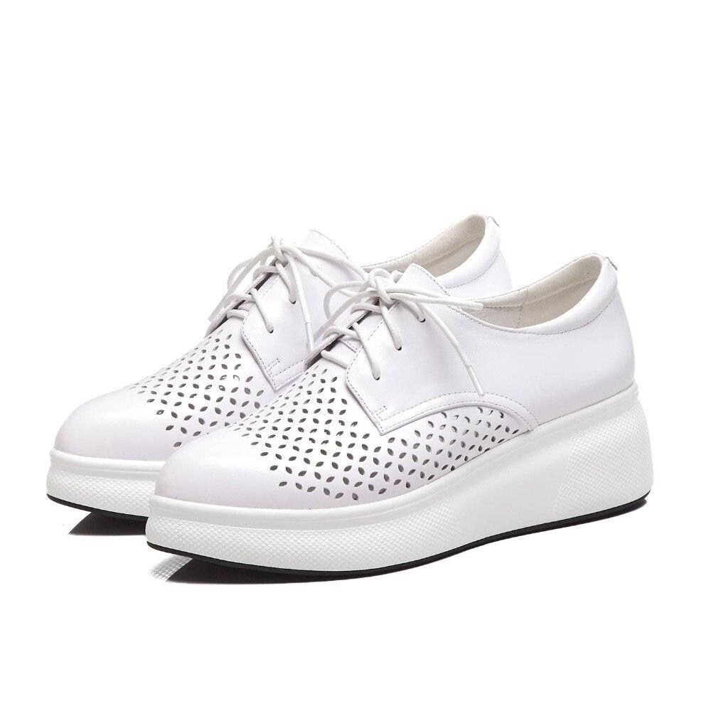 Ayakk.'ten Vulkanize Kadın Ayakkabıları'de Krazing Pot tam tahıl deri lace up sneakers iyi havalandırılmış kalın alt sivri burun oyma günlük giyim vulkanize ayakkabı L21'da  Grup 2