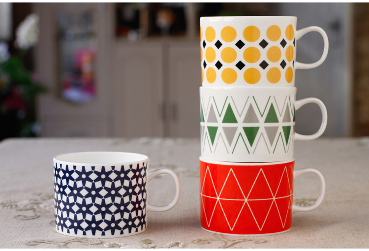 320ml handmade ceramic <font><b>stacked</b></font> <font><b>cups</b></font> bone china coffee <font><b>cup</b></font> <font><b>set</b></font> porcelain coffee <font><b>cup</b></font> fashion <font><b>cup</b></font> <font><b>set</b></font> porcelain coffee mugs <font><b>set</b></font> 4