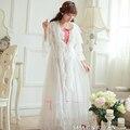 Oferta especial Frete Grátis Longo Branco Camisola senhoras Manto Real Sa16003 Pijamas Sleepwear Duas Peças Conjunto Camisola das Mulheres