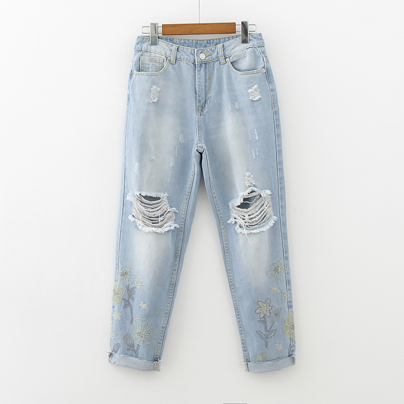 Fashion Light Blue Hole Washed Denim Pants Vintage Cuffs Floral Embroidery Jeans Women Mid Waist Loose Casual Ripped Jeans Woman new summer vintage women ripped hole jeans high waist floral embroidery loose fashion ankle length women denim jeans harem pants