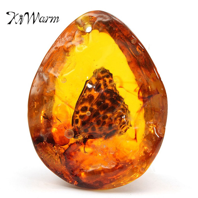 Olive Garden With Amberstone: KiWarm Hot Sale 5*4cm Beautiful Amber Butterfly Insects