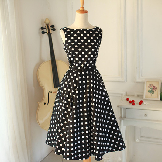 632fc68f400b4 Classic Audrey Hepburn Dress 50s Vintage PIN UP Polka Dot Boat-neck Cute  Party Flare