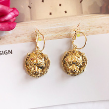 2019 Vintage Gold Baroque Lion Head Dangle Earrings for Women Lion Head Drop Earrings Women Ear Decor pair of vintage lion head embellished round design earrings