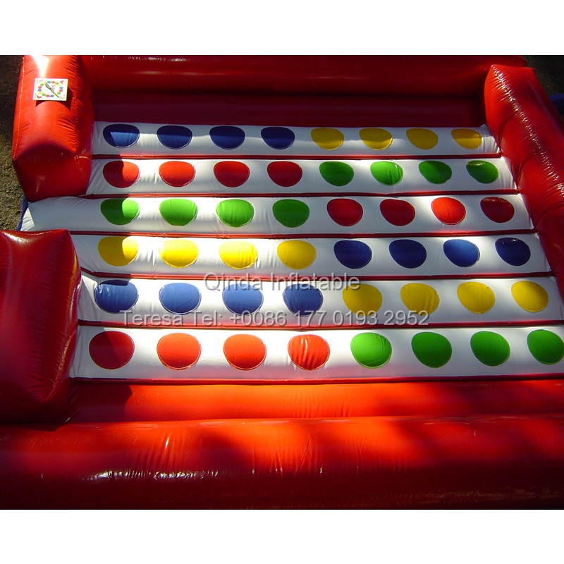 5*5m Inflatable Twister Game inflatable Right Foot And Left Hand Games Twister Mattress For Outdoor Event 5 5m inflatable twister funny games 0 5mm pvc inflatable twister mattress with free air blower