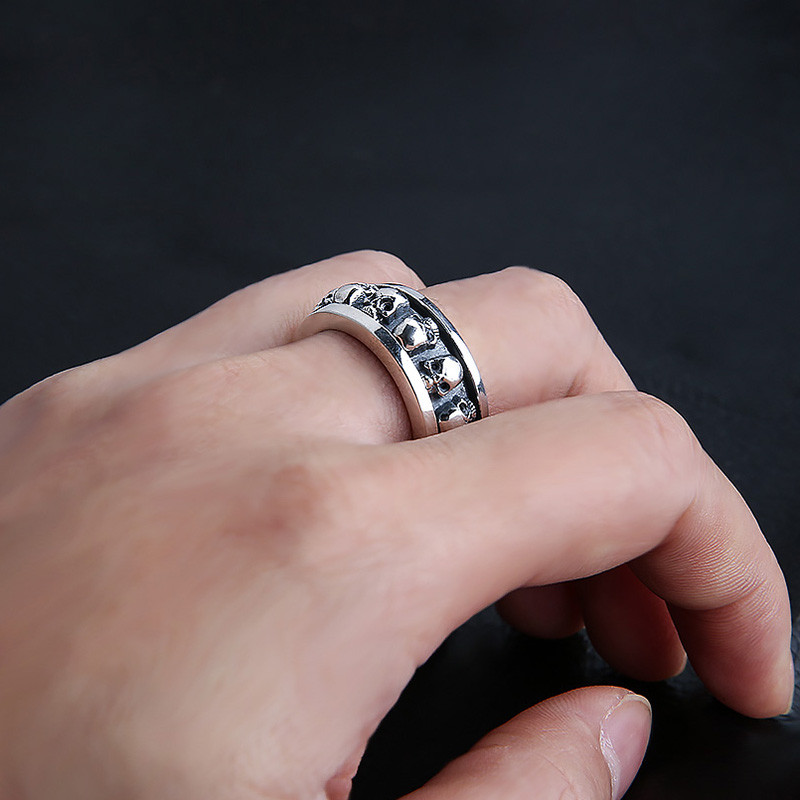 S925 sterling silver ring male silver bearing retro skull can turn the ring fashion rock punk ring personality style simple s925 sterling silver skull ring metrosexual officers personality of world war ii punk man retro silver ring opening