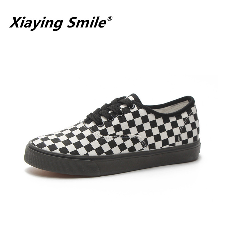 Xiaying Smile Classic Fashion canvas shoes Black White Plaid Women Casual Women Canvas Shoes Comfortable Checkered Flats Shos