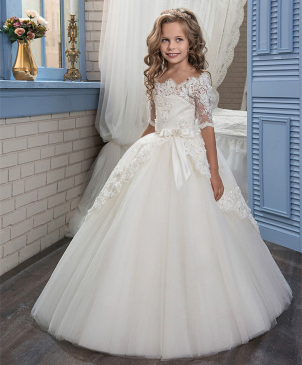 New Off Shoulder Flower Girl Dresses Lace Appliques Ball Gown Half Quarter First Communion Dresses Hot Sale Vestidos LongoNew Off Shoulder Flower Girl Dresses Lace Appliques Ball Gown Half Quarter First Communion Dresses Hot Sale Vestidos Longo