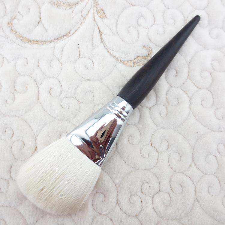 G013 Professional Makeup Brush Soft Goat Hair Ebony Handle Make Up Brushes Cosmetic Tool Single Face Powder Brush professional bullet style cosmetic make up foundation soft brush golden white