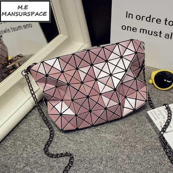 08b80aedb272 MANSURSPACE Женская клетчатая лазерная сумка геометрические Наплечные сумки  Повседневная мини bao макияж сумки через плечо для женщин сумка