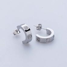 ФОТО fashion stud earrings wholesale titanium steel semicircle screw love crystal classical shiny earrings for women piercing jewelry