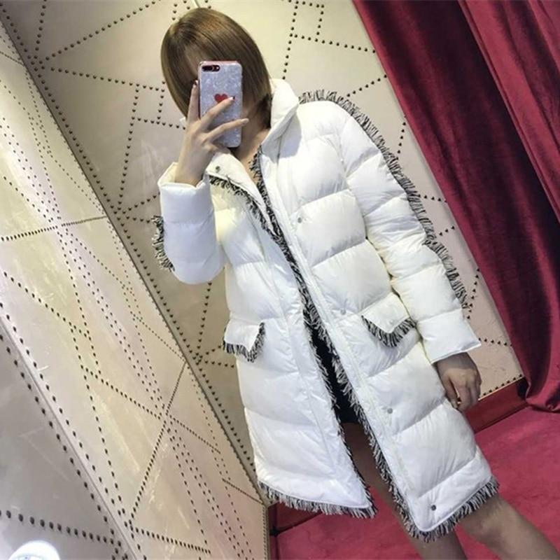 Kadın Giyim'ten Parkalar'de Beyaz Püskül Retro Uzun Coat Kadınlar Gevşek Parka Kadın 2018 Kış Standı Yaka Fermuar Up Geniş waisted Ceket Kadın kış Ceket'da  Grup 1